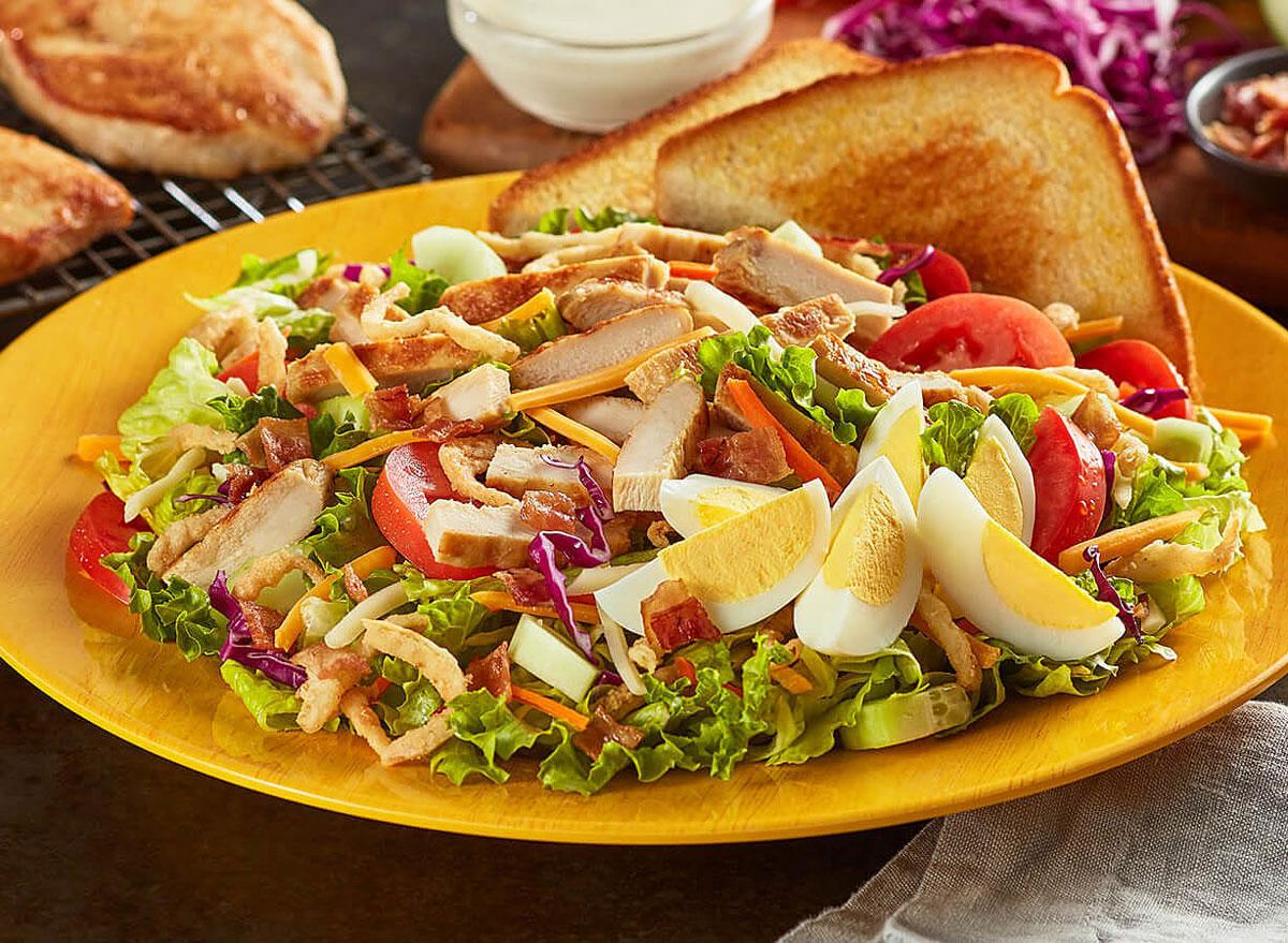 Zaxbys fried cobb salad