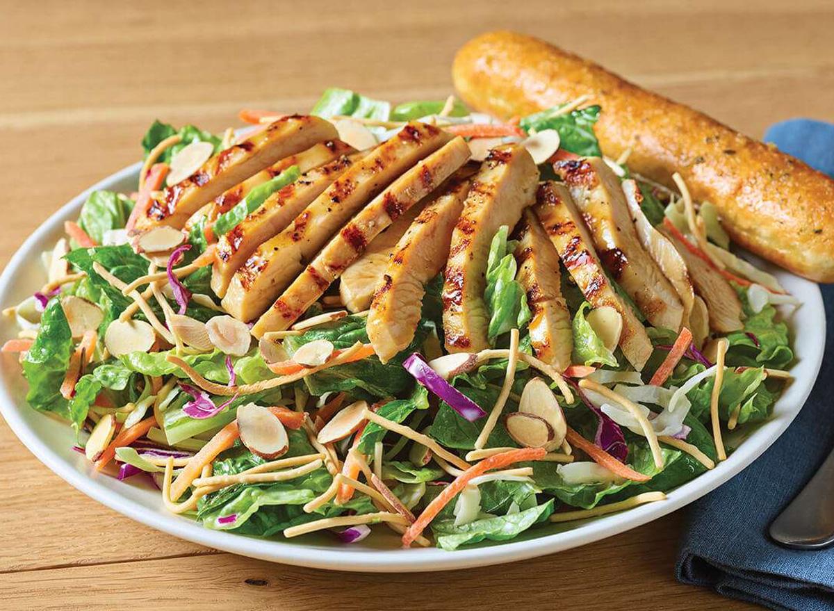 applebees grilled chicken oriental salad