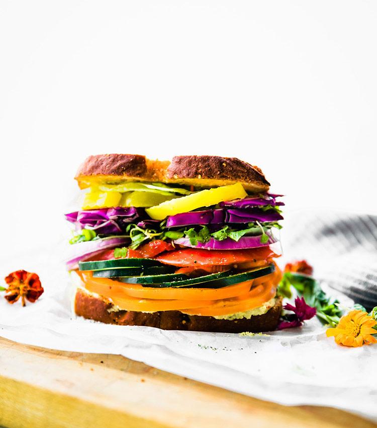 Farmers' market veggie sandwich