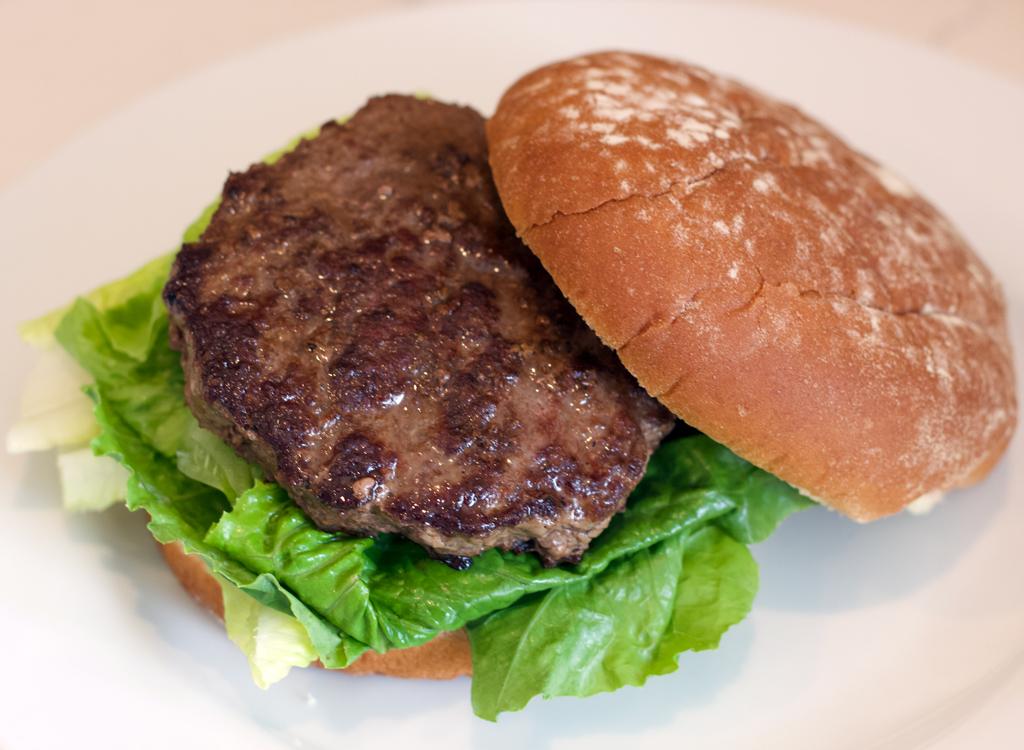 Natures rancher frozen beef burger cooked