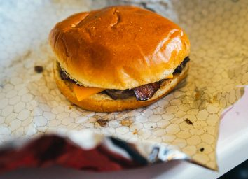fast food hamburger