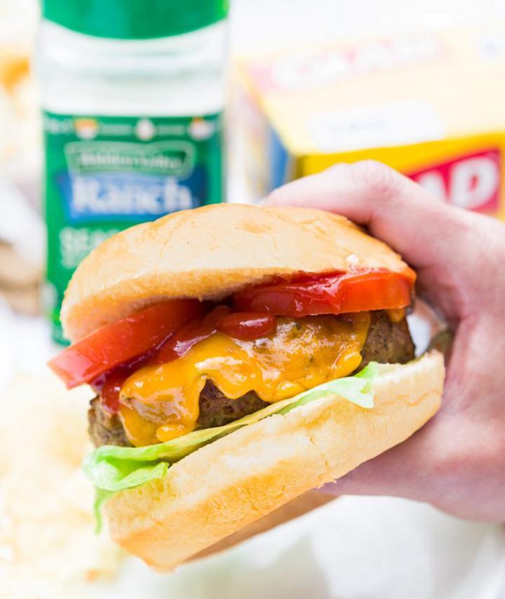 Bacon ranch turkey burger