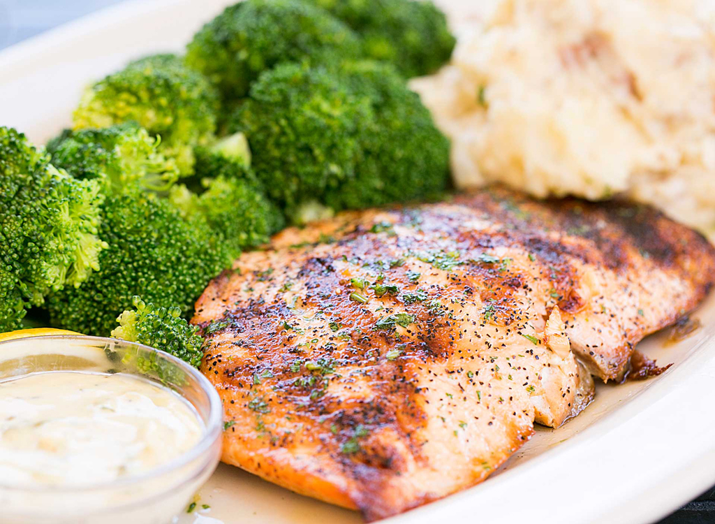 Cheesecake factory salmon lunch