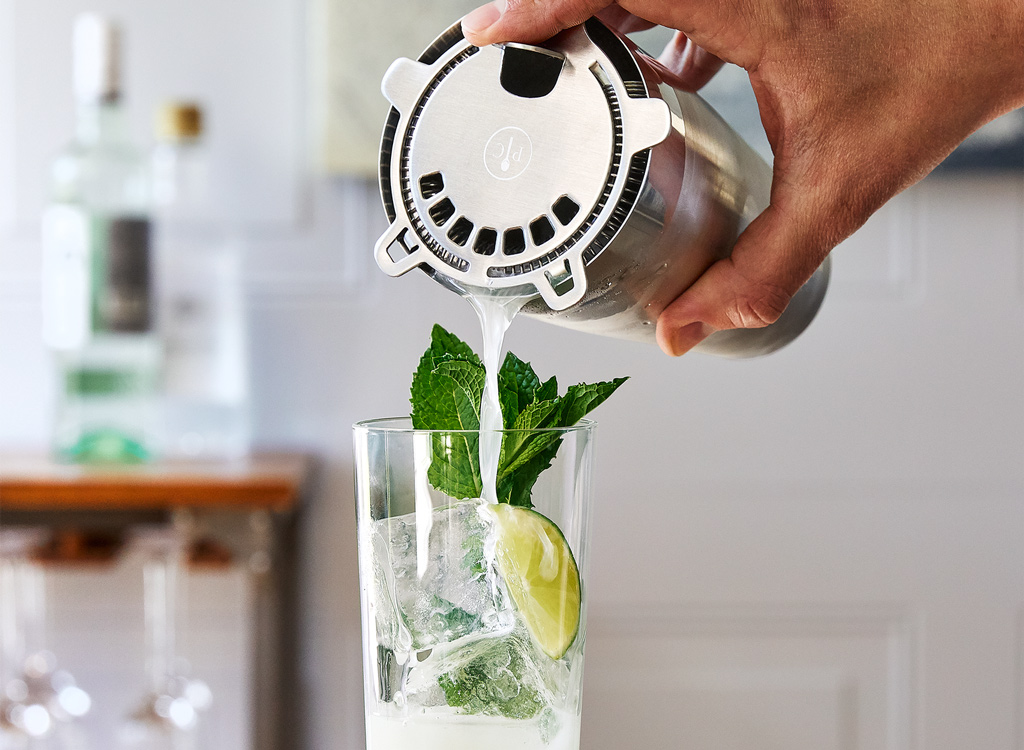 Pampered chef cocktail set