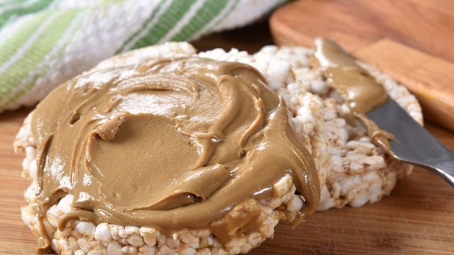 Rice cake with peanut butter