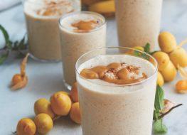 Banana date and hemp smoothie