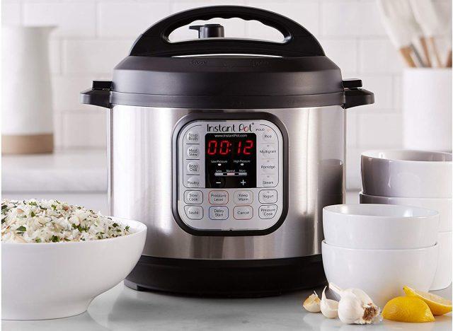 Instant Pot 7-in-1 pressure cooker