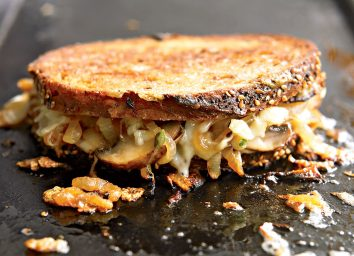Grilled cheese with sauteed mushrooms