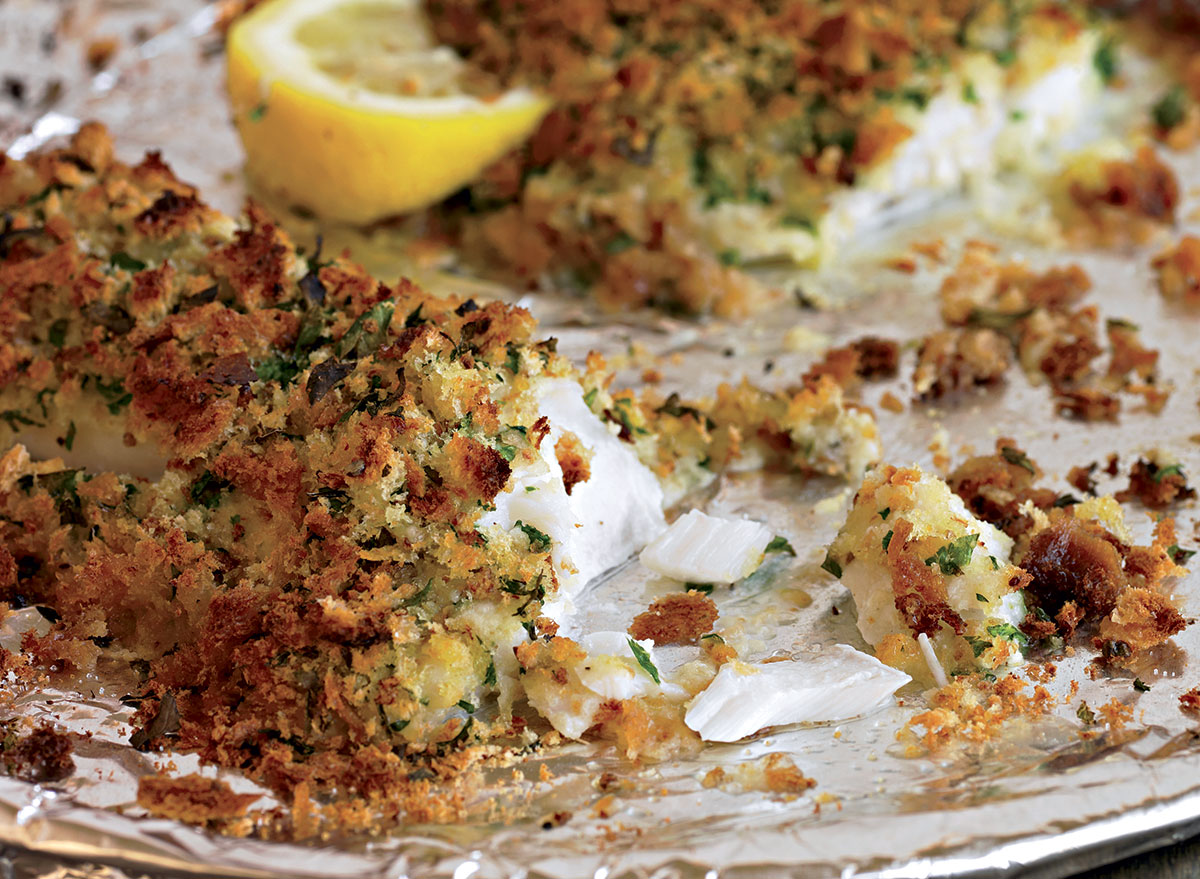 Healthy fish with herbed bread crumbs
