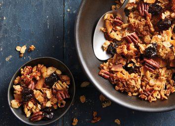 Honey pecan cherry granola