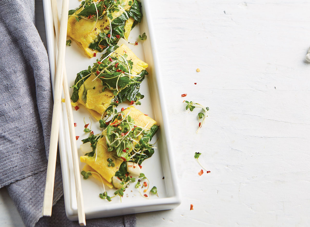 Japanese egg pancakes with spinach and green onions