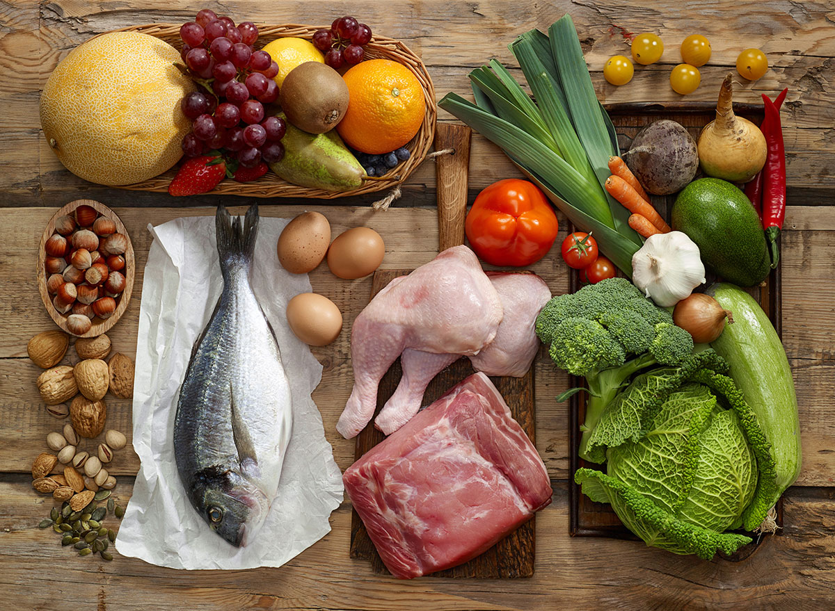 Paleo foods - fish chicken leeks cabbage grapes melon nuts