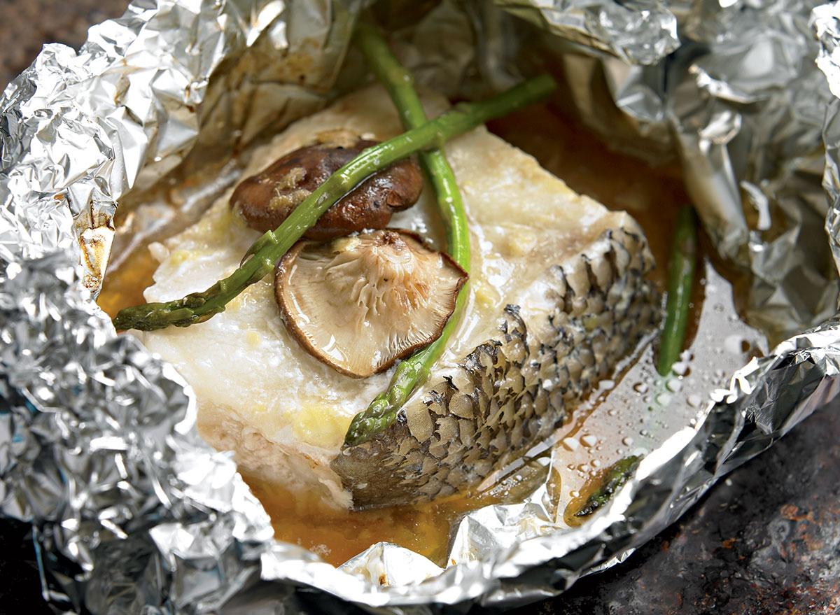 Paleo sea bass packet