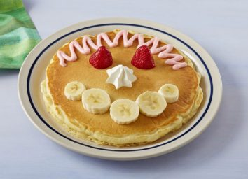 Create a face pancake