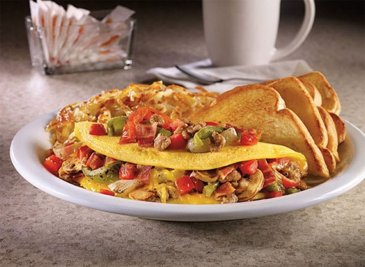Ultimate omelette with hash browns