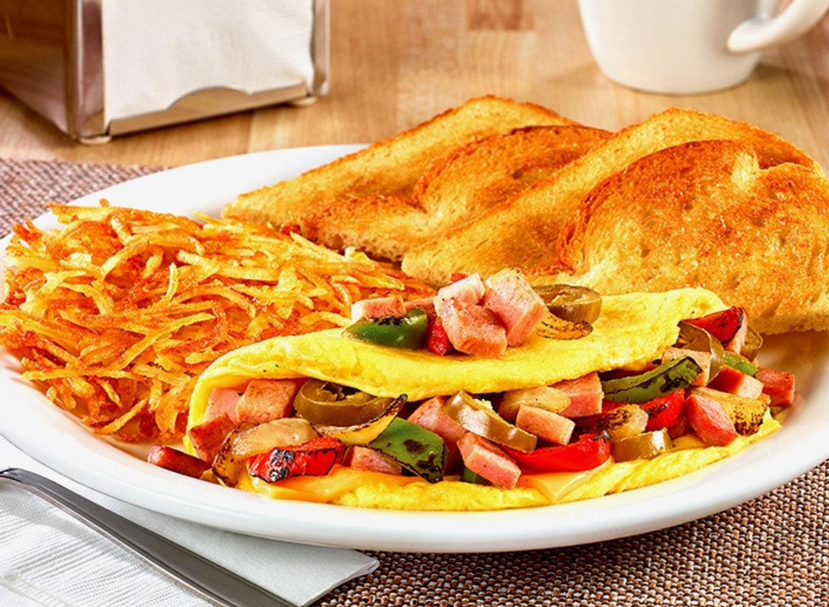 Wild west omelette with hash browns