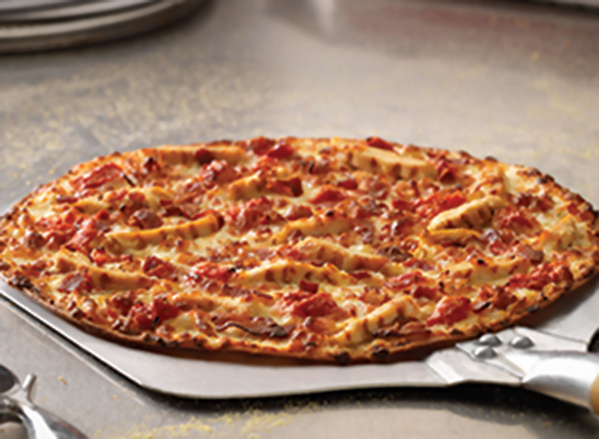 Cali chicken bacon ranch pizza