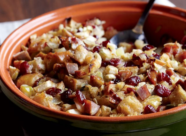 Healthy apple-sausage stuffing