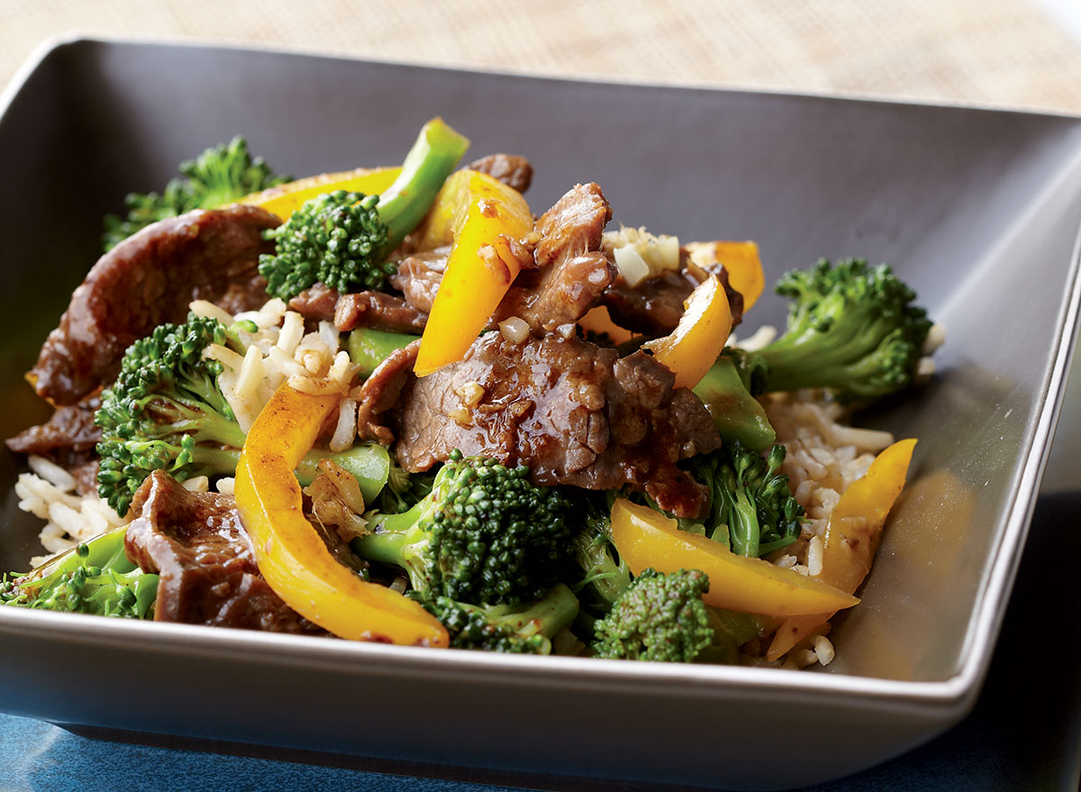 Healthy beef with broccoli