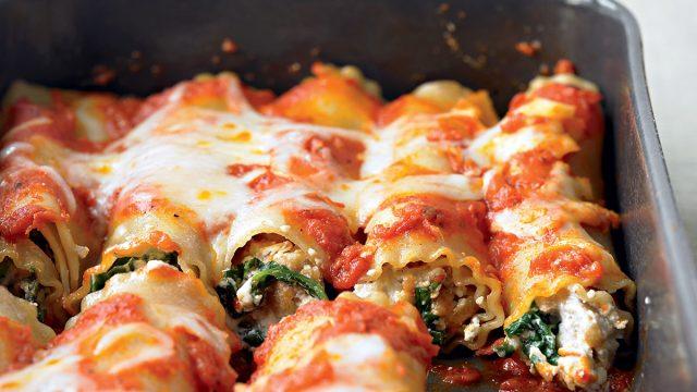Healthy lasagna rolls
