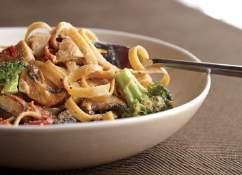 Healthy loaded alfredo with chicken and veggies