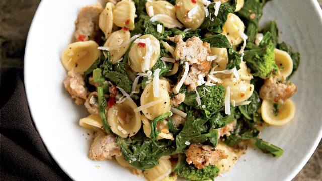 Healthy orecchiette broccoli rabe
