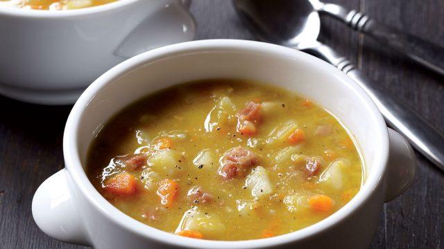 Healthy split pea soup