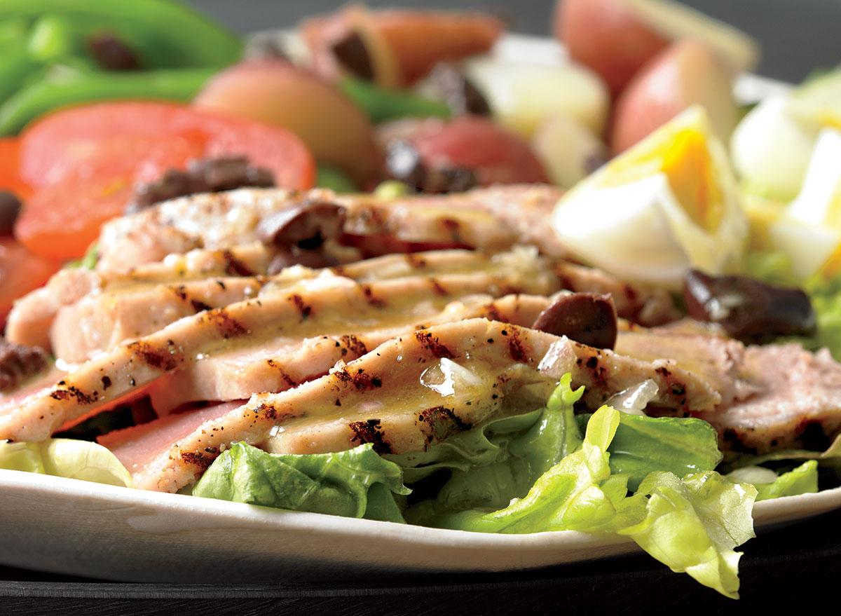 Healthy tuna nicoise