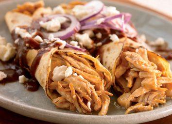 Low-calorie chicken mole enchiladas
