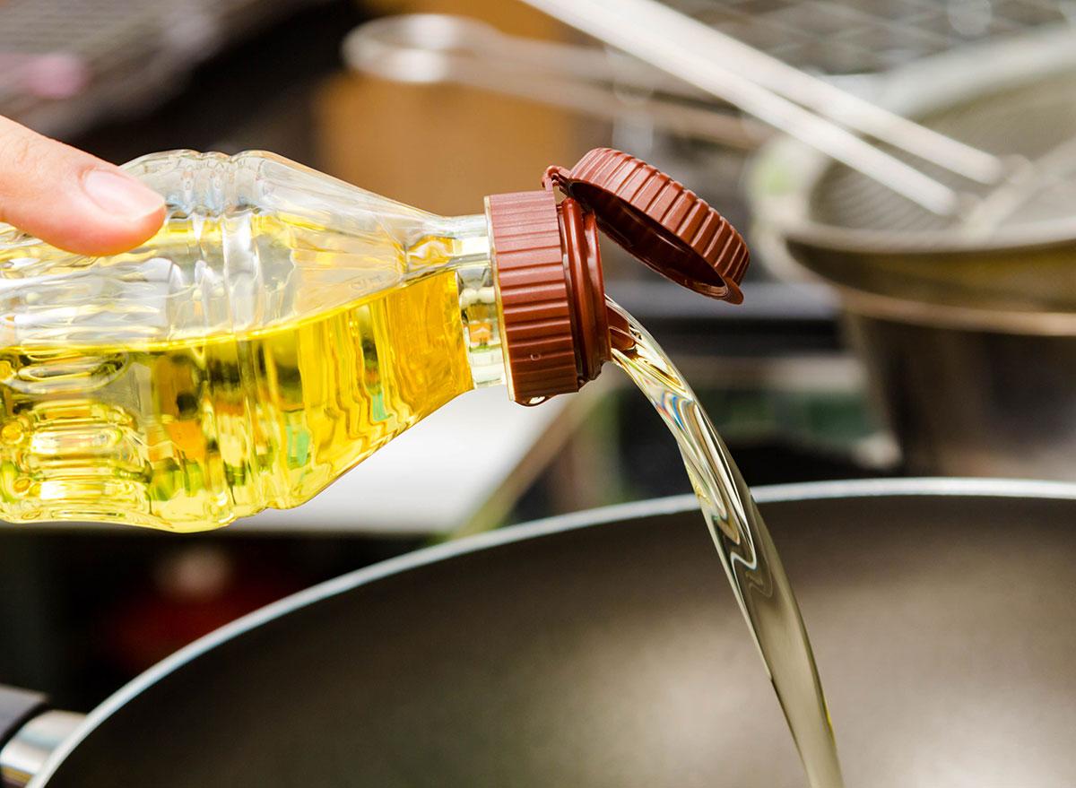 Oiling pan