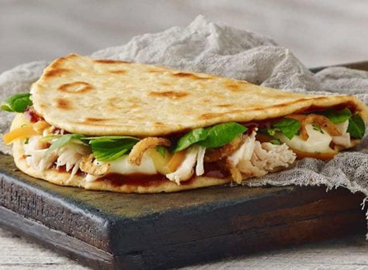 Panera bbq chicken flatbread