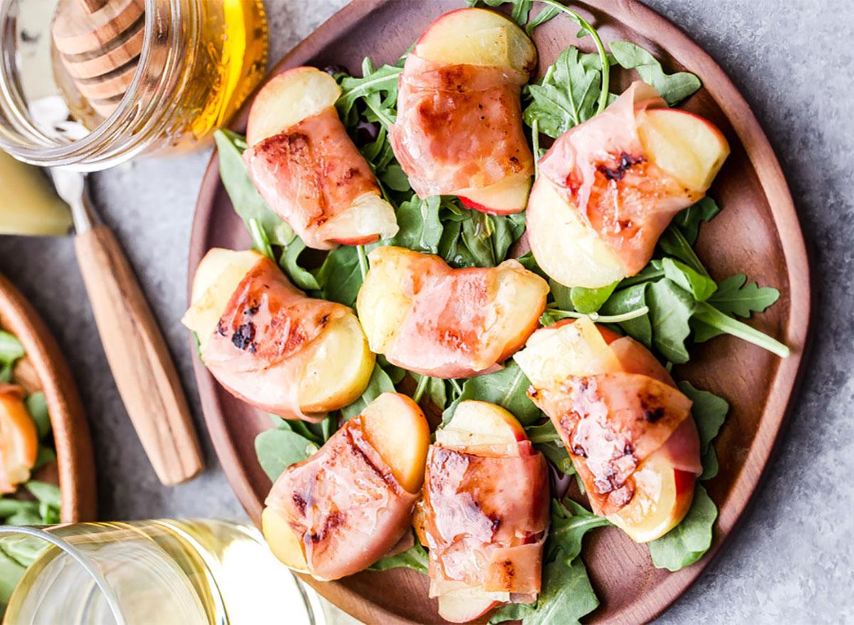 prosciutto wrapped apple slices