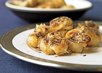 Vegan smashed potatoes