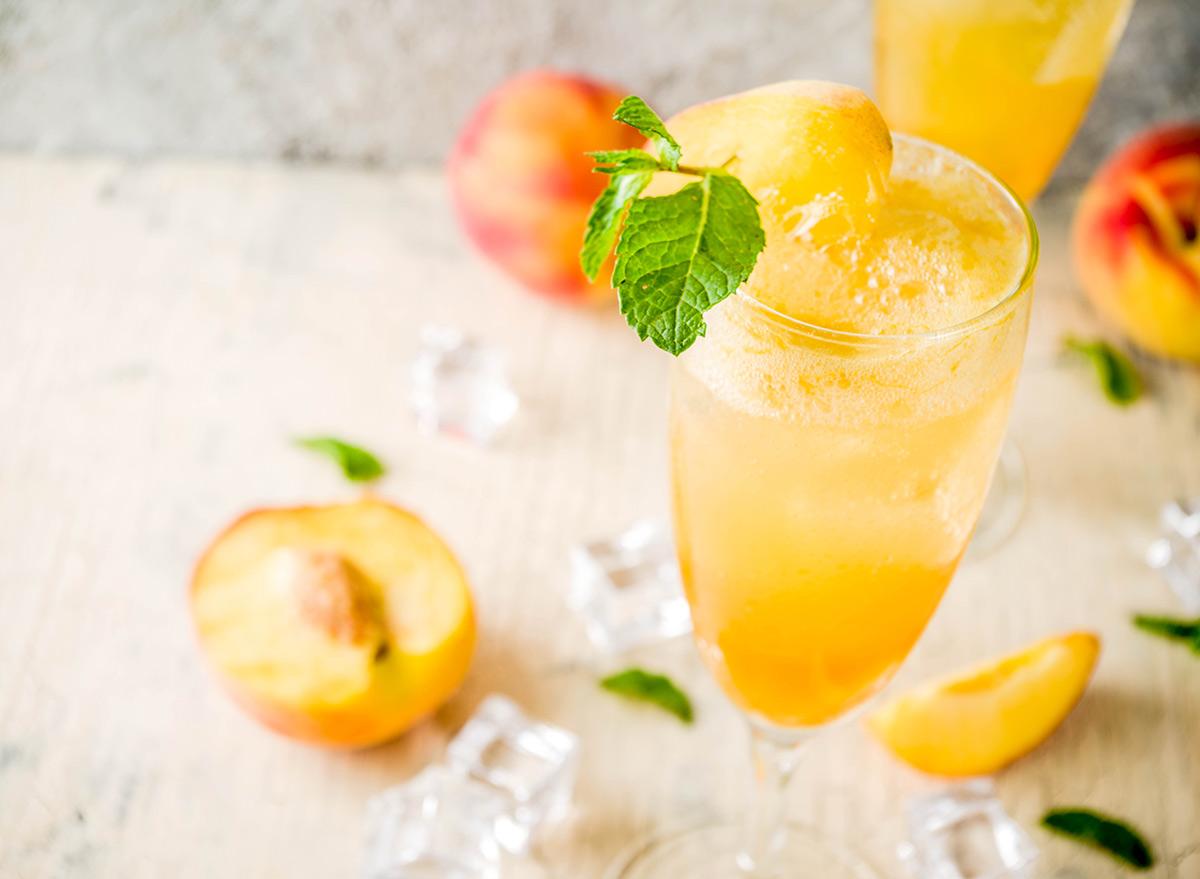 Bellini drink