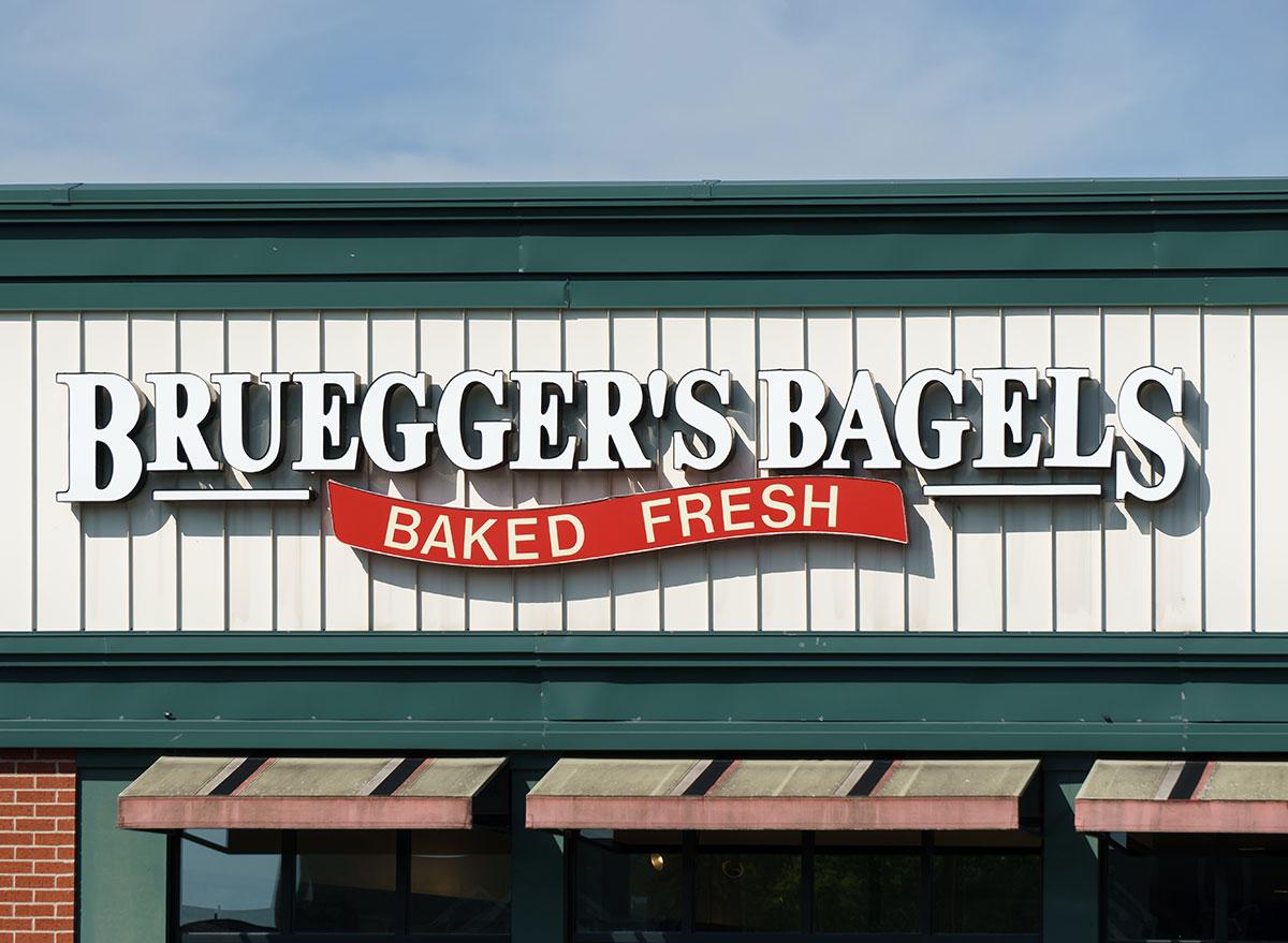 Bruegger's bagels restaurant