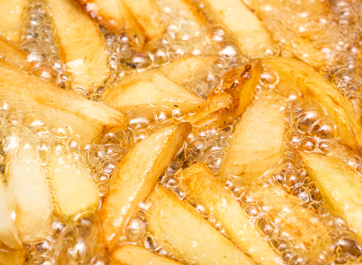 Frying fries