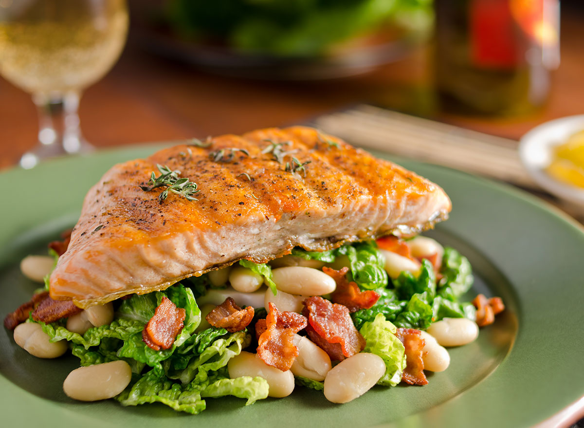 Salmon with veggies and beans