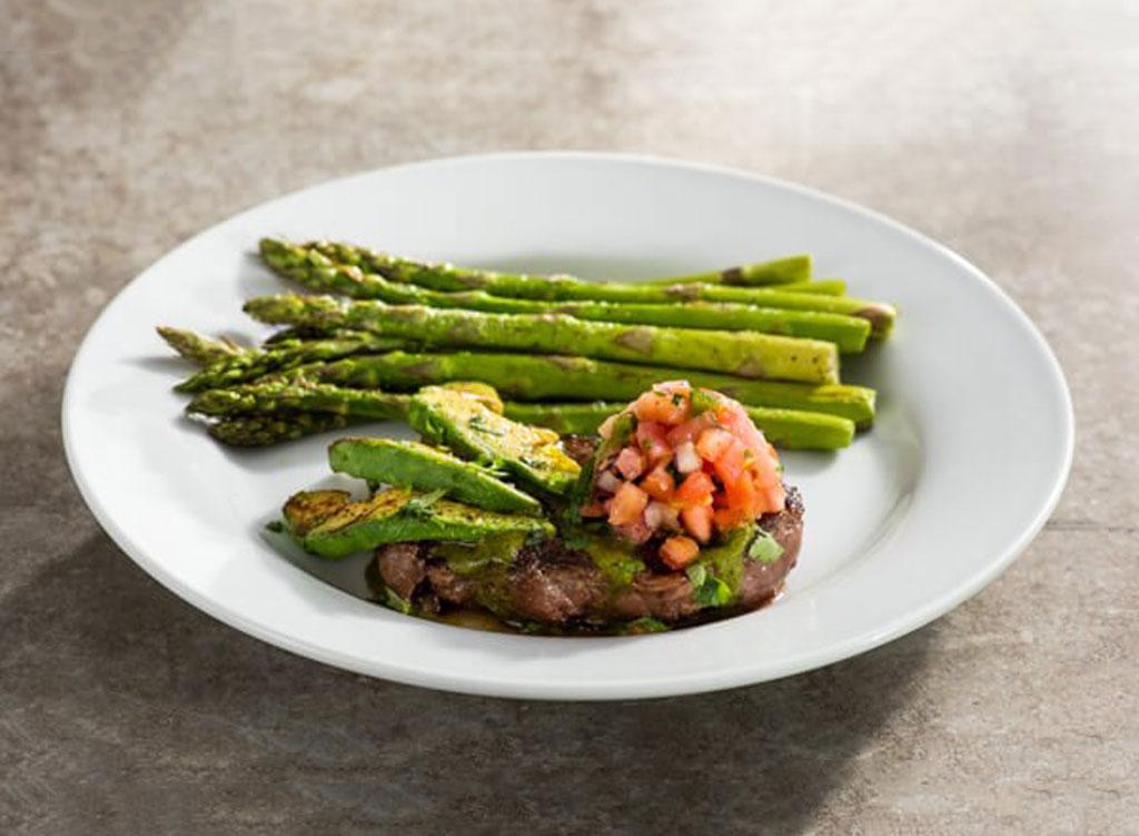Chilis 6 oz sirloin steak grilled avocado