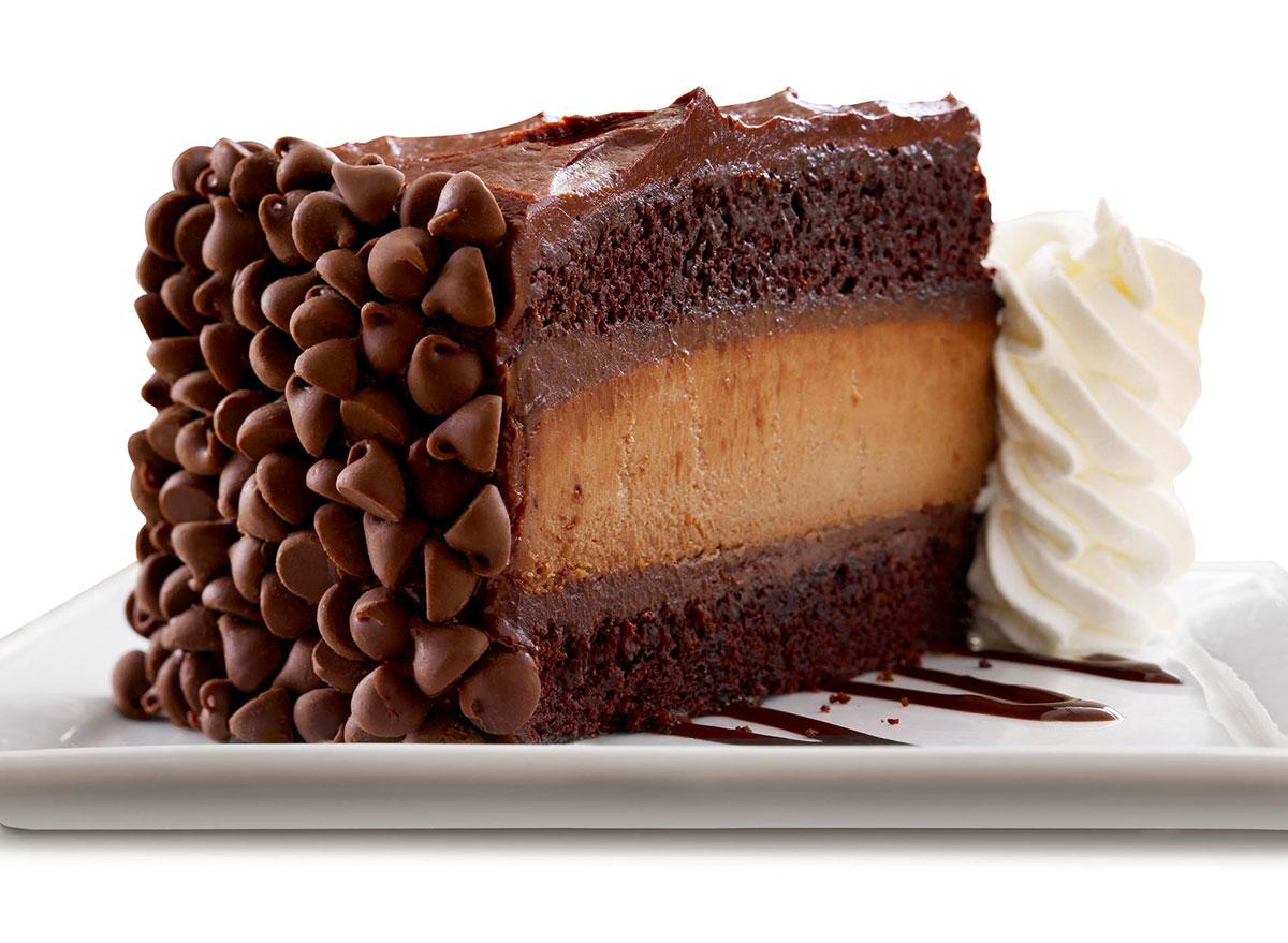 cheesecake factory hersheys chocolate bar cheesecake slice