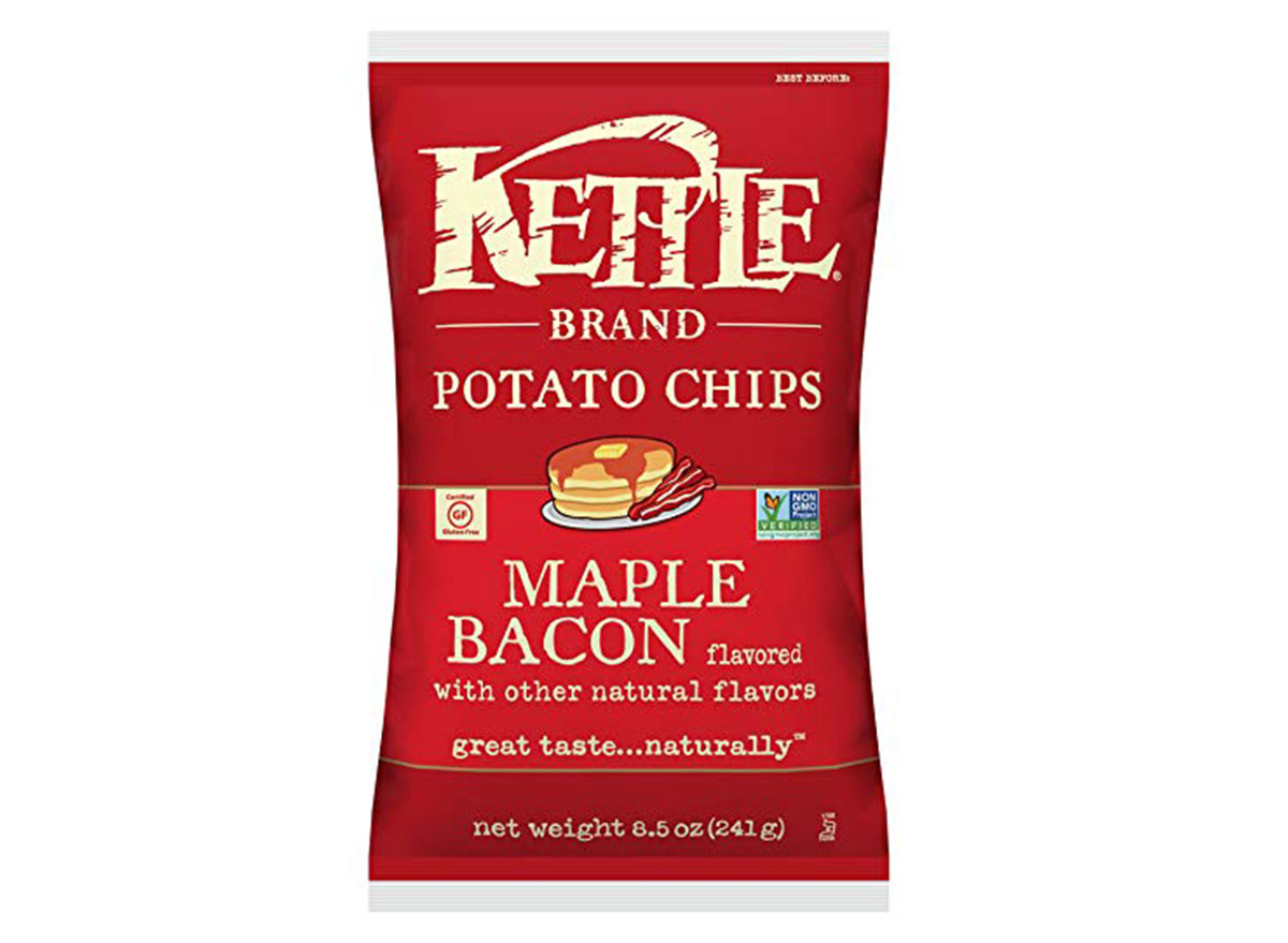 kettle brand maple bacon flavored chips bag