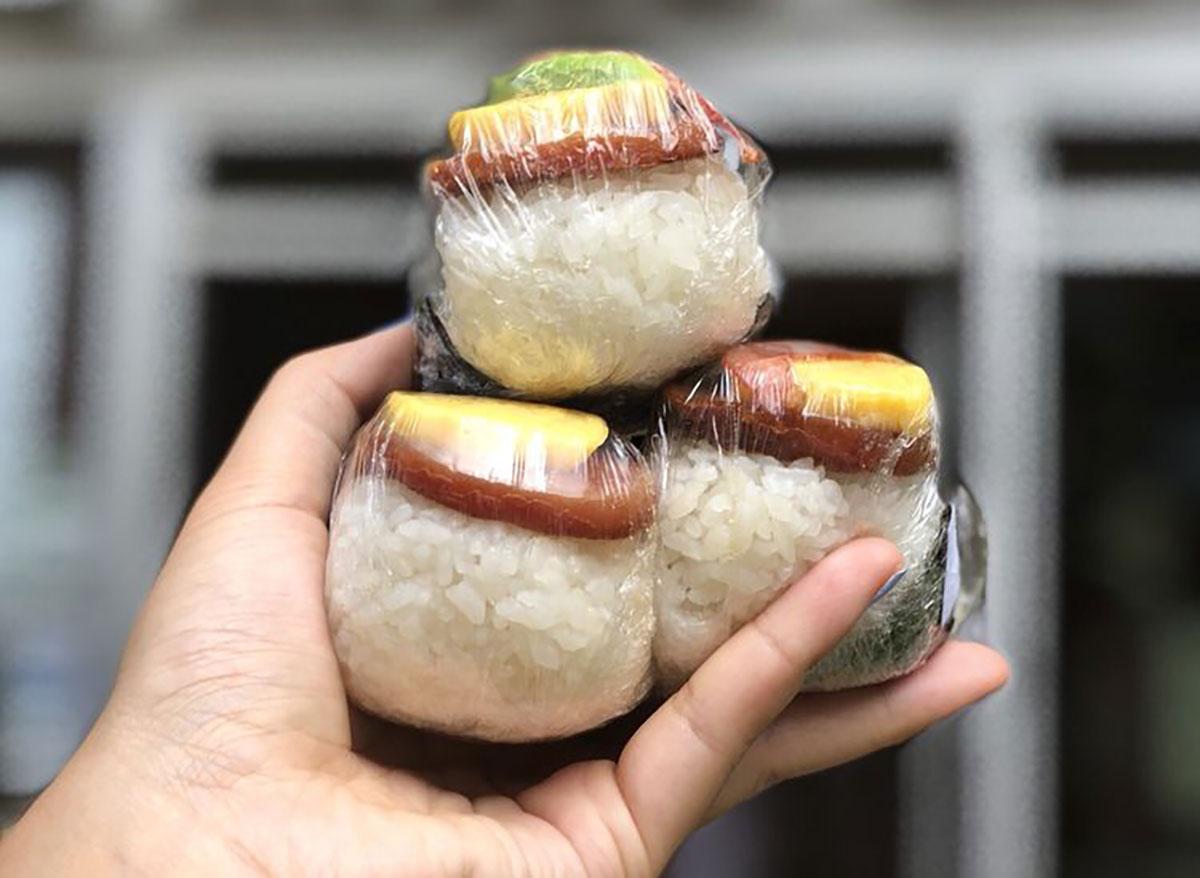 musubi cafe hawaii spam rice balls