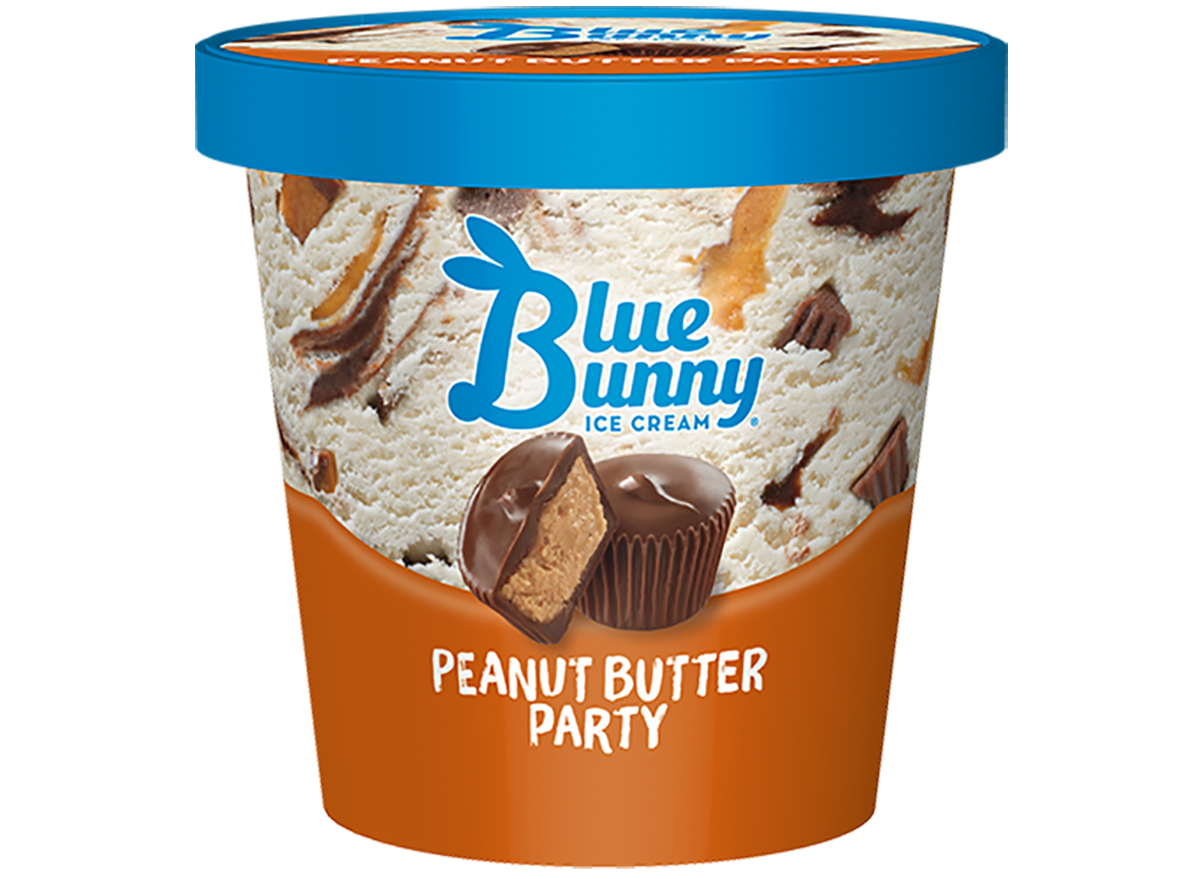blue bunny ice cream's peanut butter party flavor in pint size