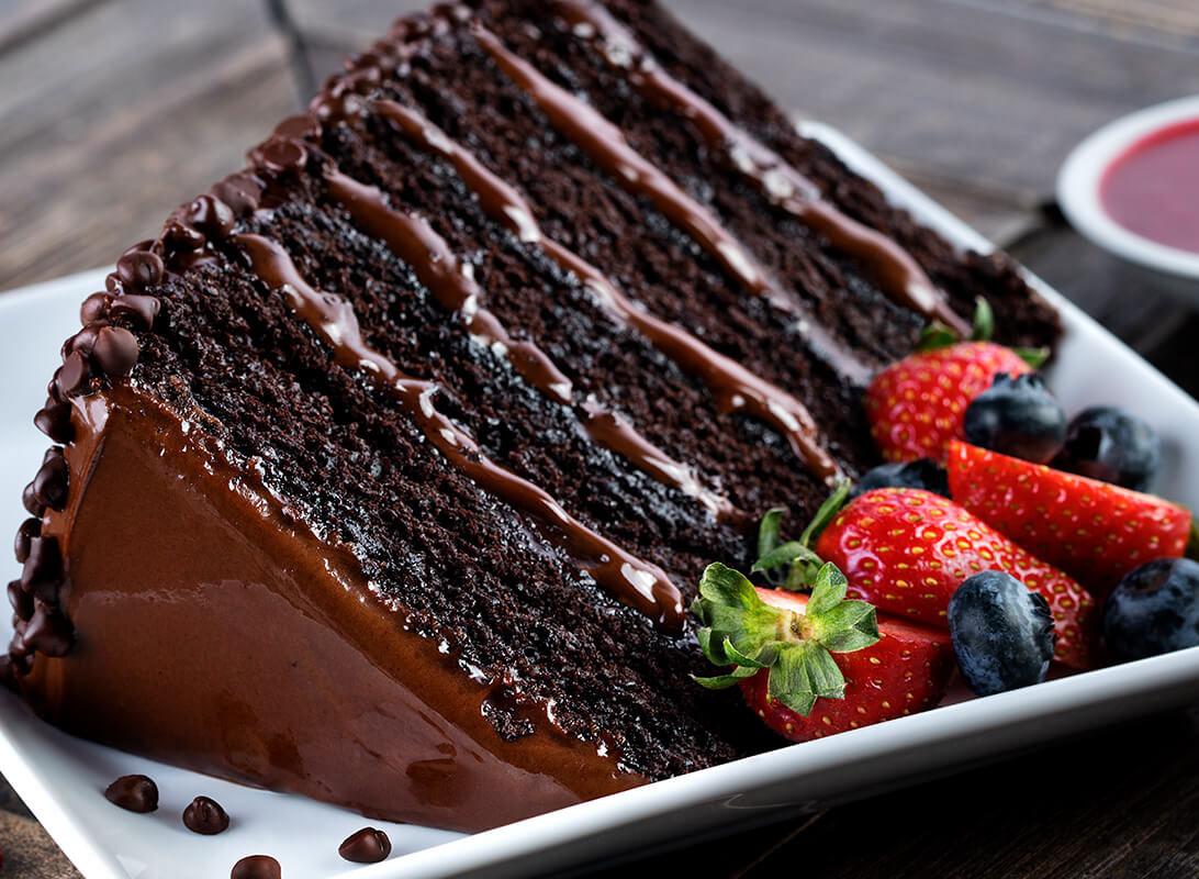 pf changs great wall of chocolate cake