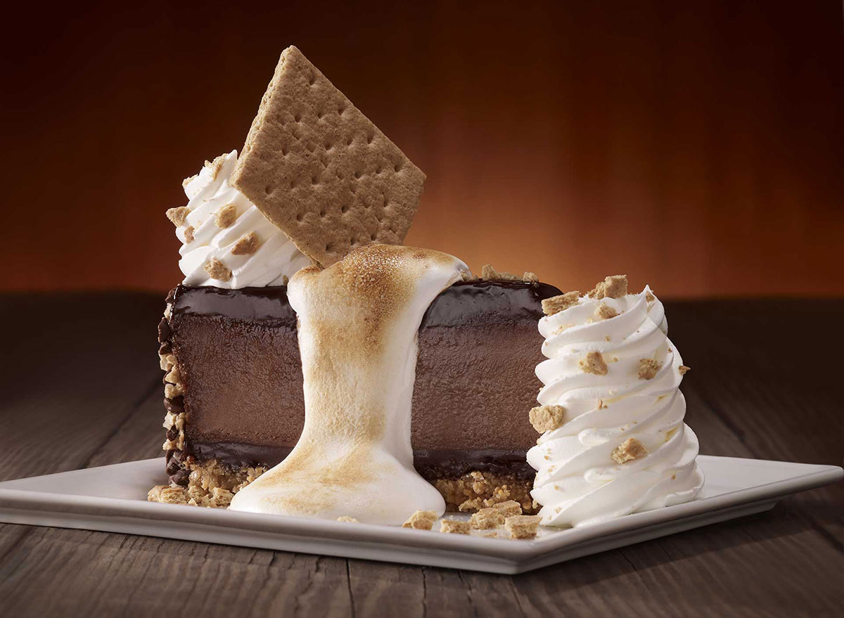 cheesecake factory toasted marshmallow smores galore cheesecake slice