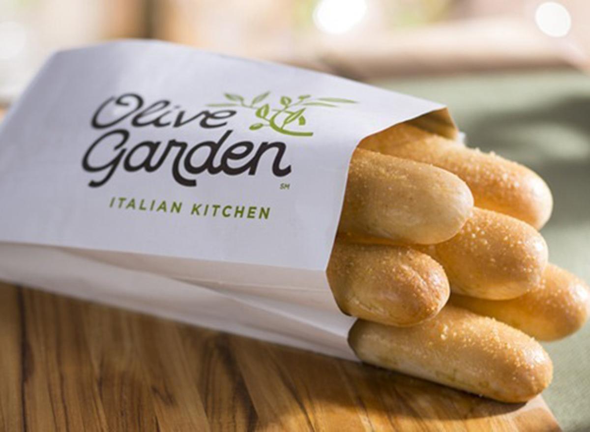 breadsticks at Olive Garden