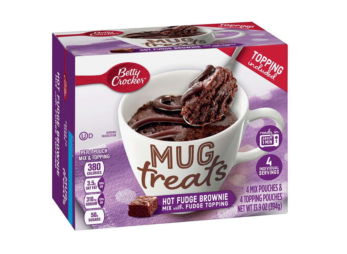 betty crocker hot fudge brownie with fudge topping mug treats box