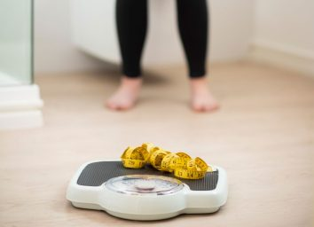 dont want to step on scale to weigh herself