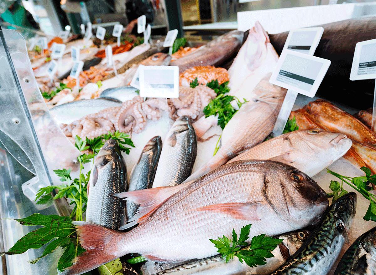 fish on ice at fish market
