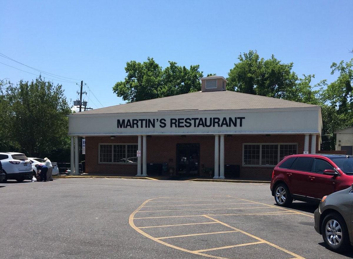 martins restaurant store front