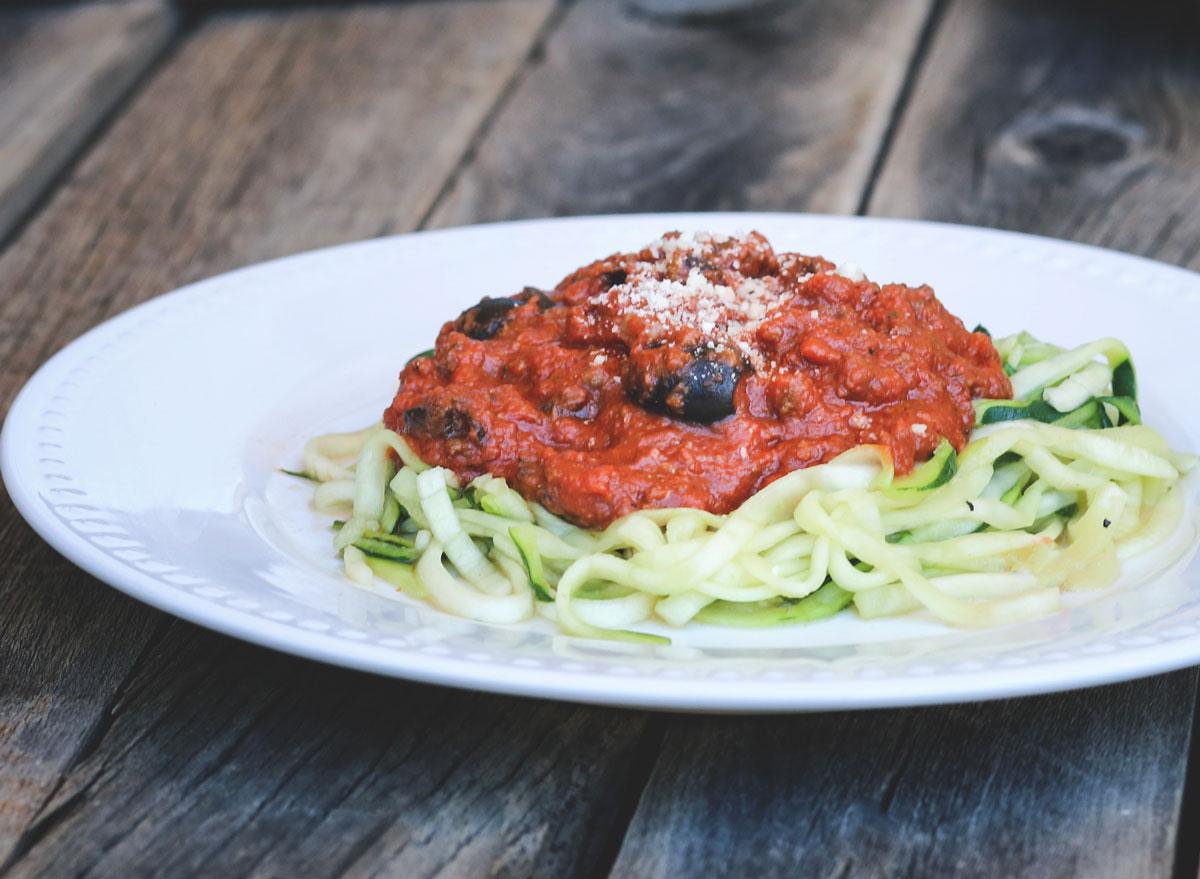 zucchini pasta marinara sauce